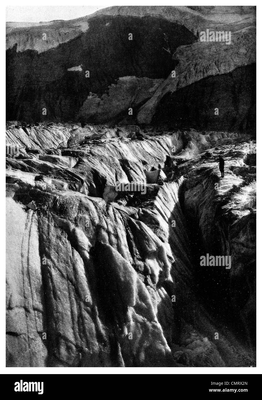 1919 Piedmont Glacier above Lake Maye crevasse - Stock Image