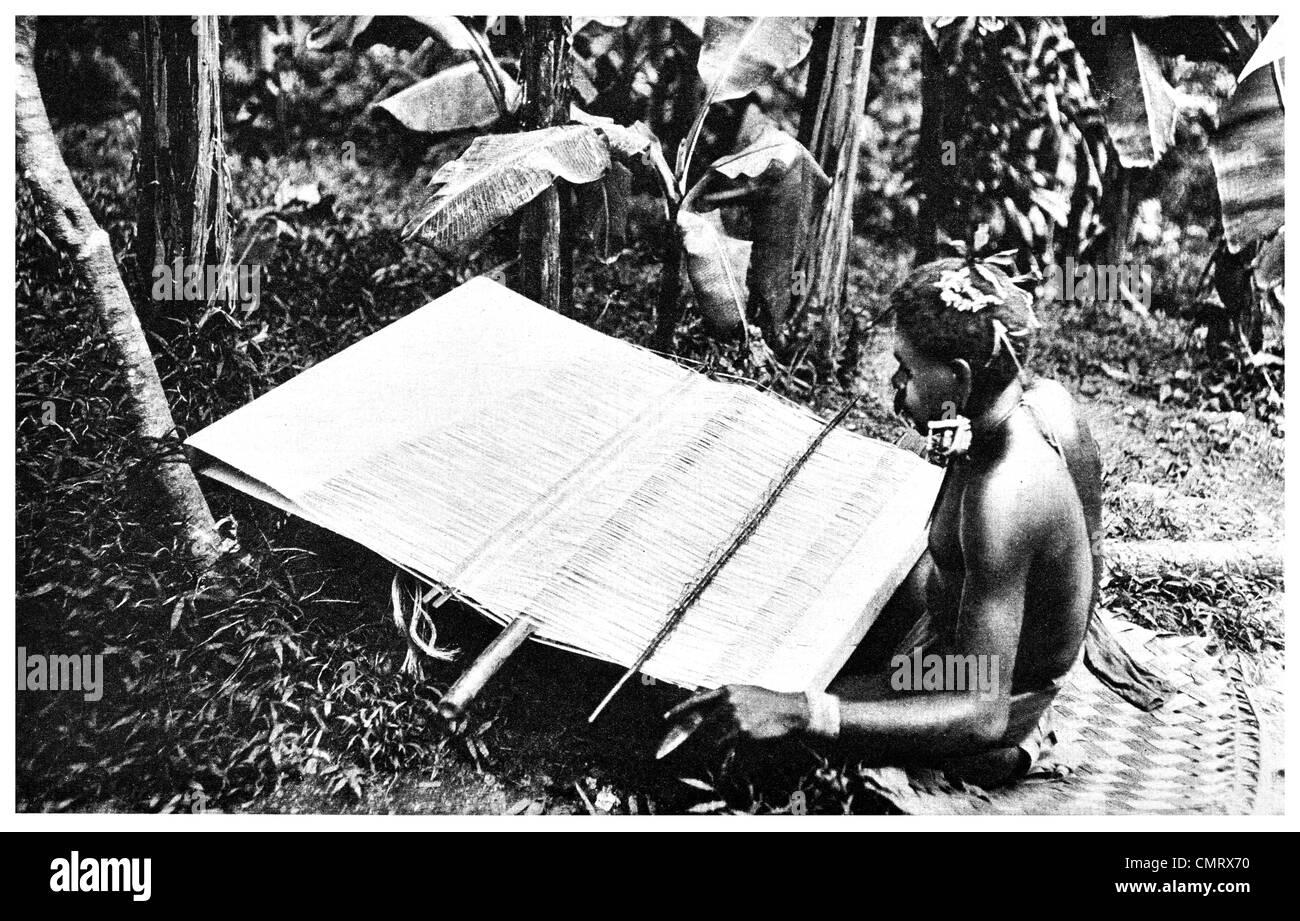 1919 weaver of Santa Cruz, La Perouse Islands south Pacific Ocean - Stock Image