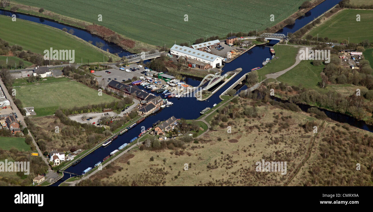 Aerial view of an aqueduct over a river at Ferry Lane, Stanley, Wakefield, West Yorkshire Stock Photo