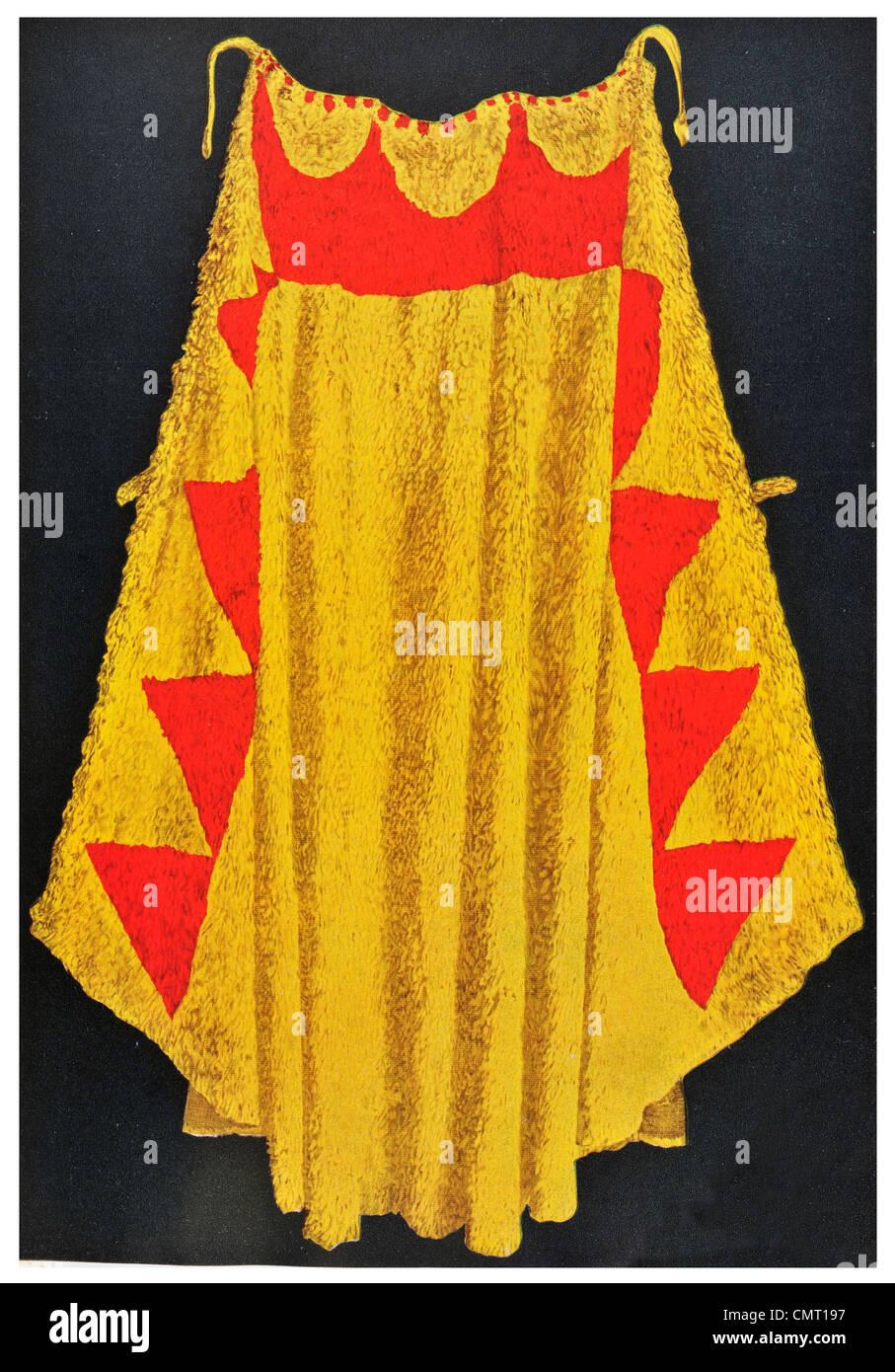 1924 Queen's Mantle The Feather Cloak of Kiwalao Hawaiʻi Island Pacific island Hawaii - Stock Image