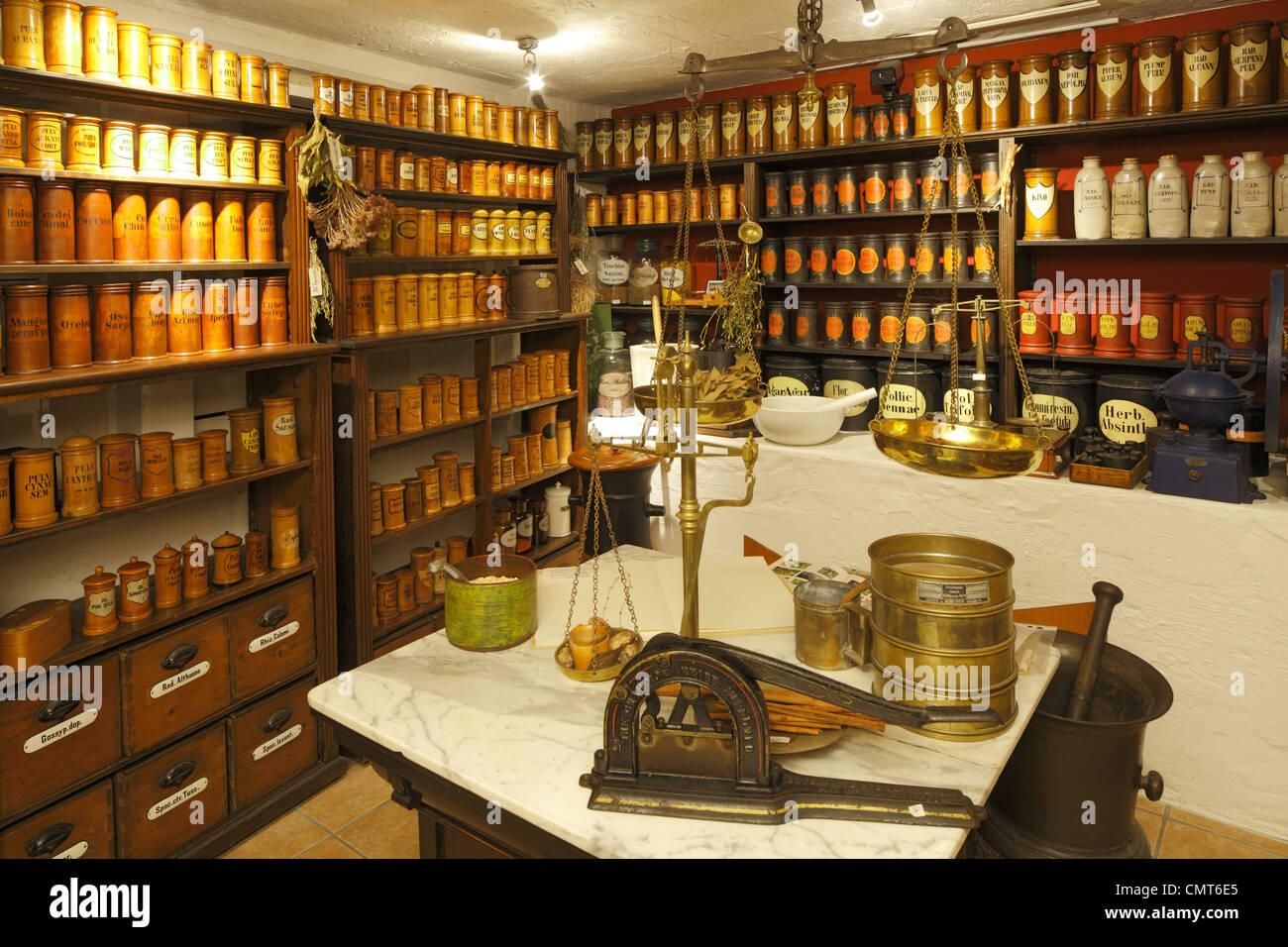 D-Dortmund, Ruhr area, Westphalia, North Rhine-Westphalia, NRW, Adler pharmacy, pharmacy museum, Kraeuterkammer, - Stock Image