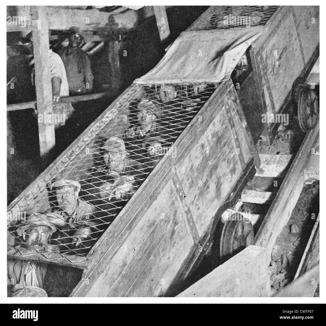 1925 Miner Cage South African Gold Mine - Stock Image