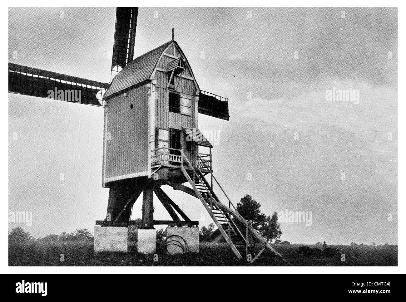 1925 Flemish Windmill low country - Stock Image