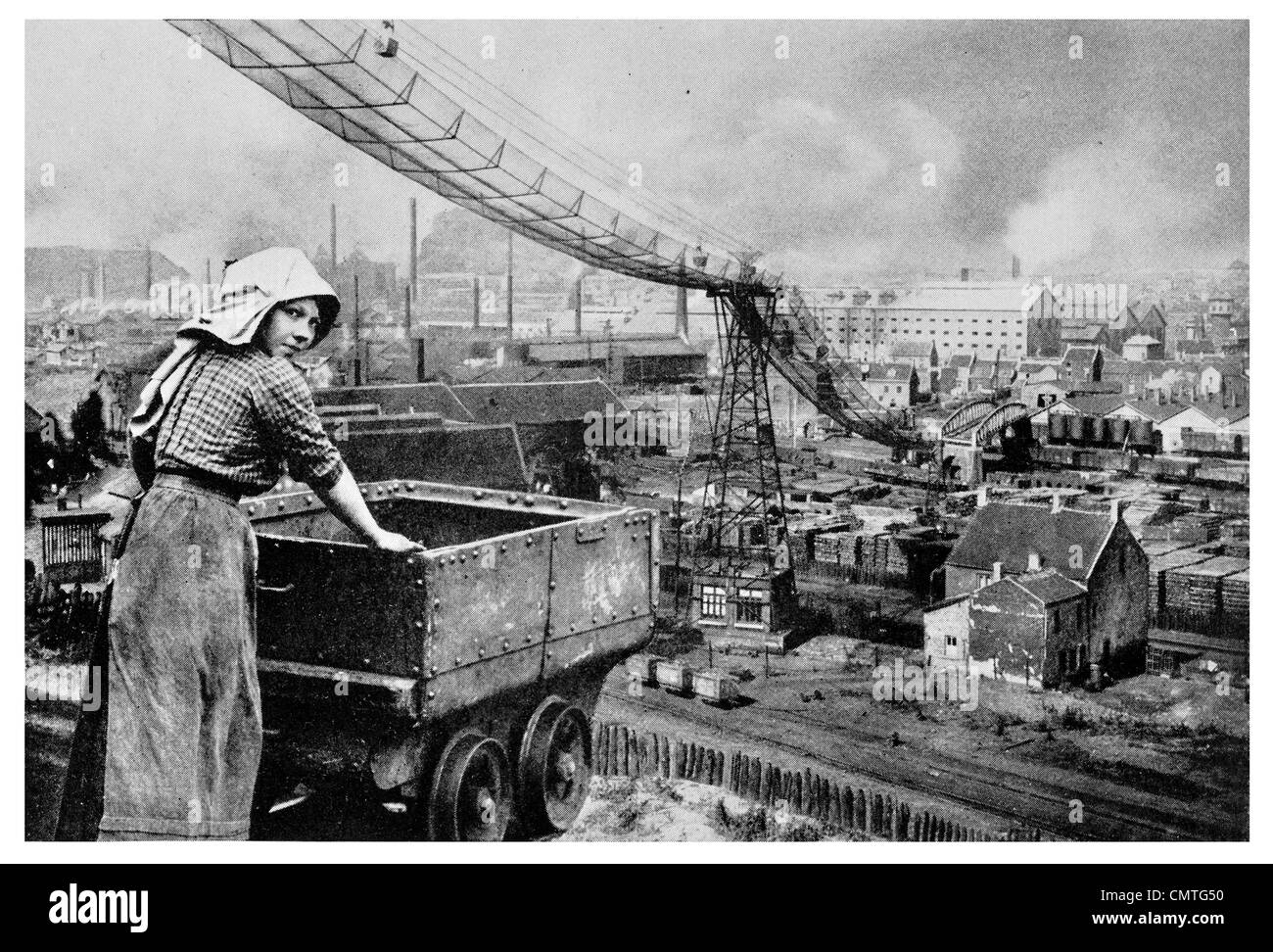1925 Girl Miner Black Country 15 years old - Stock Image