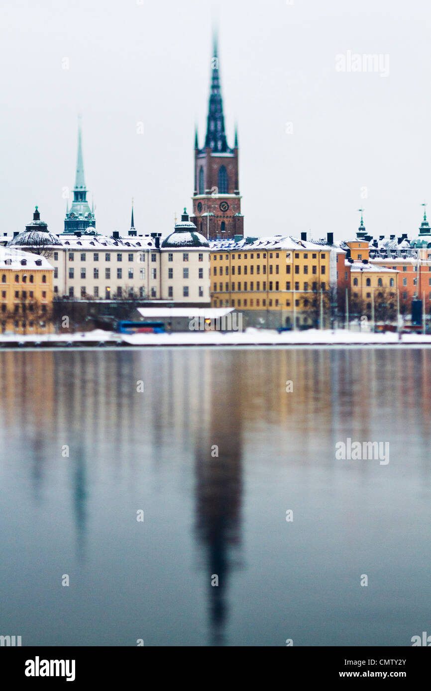 City with water - Stock Image