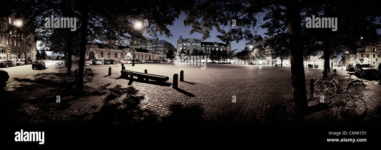 Panorama view of town square at night - Stock Image