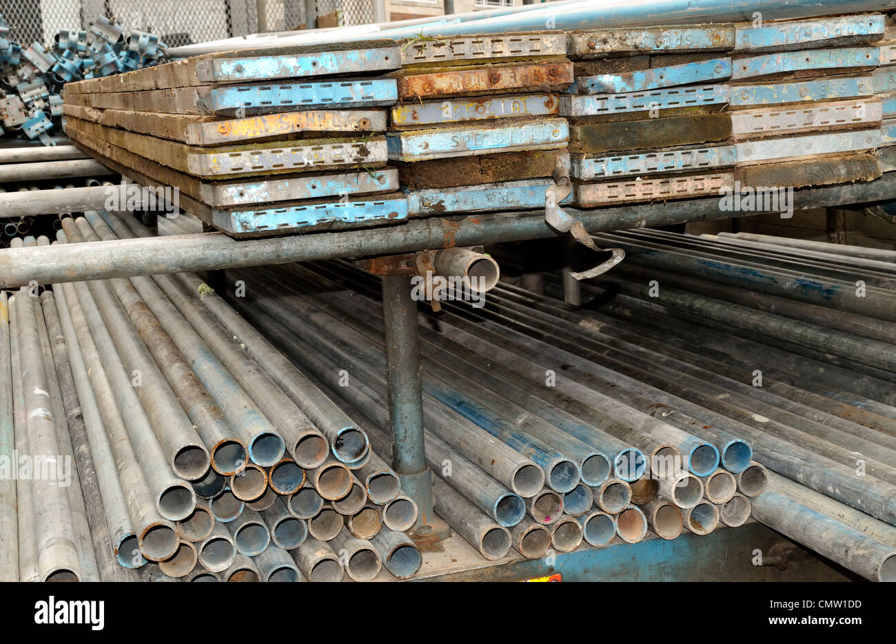 Scaffolding stacked on lorry - Stock Image