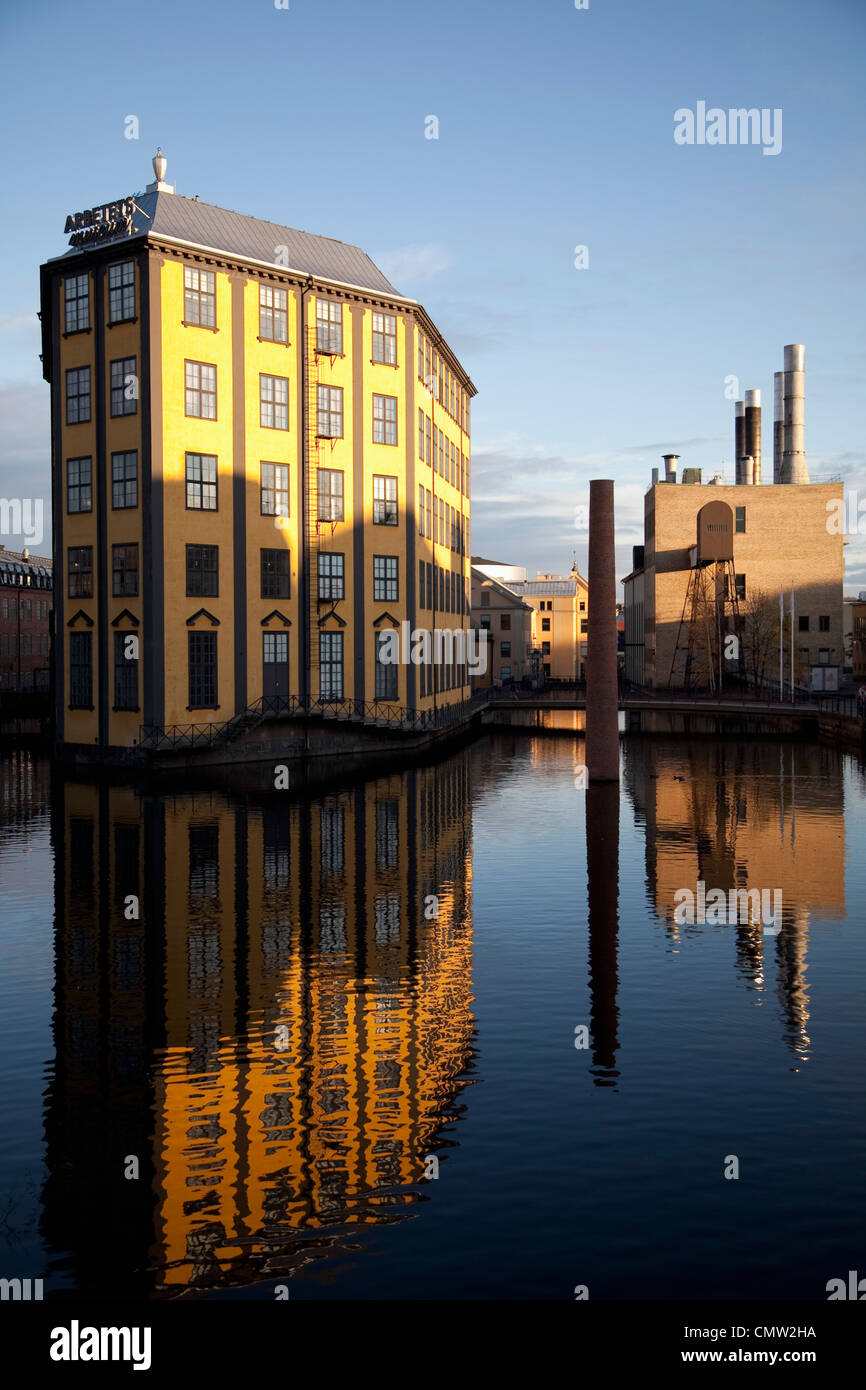 Yellow factory in Norrkoping - Stock Image
