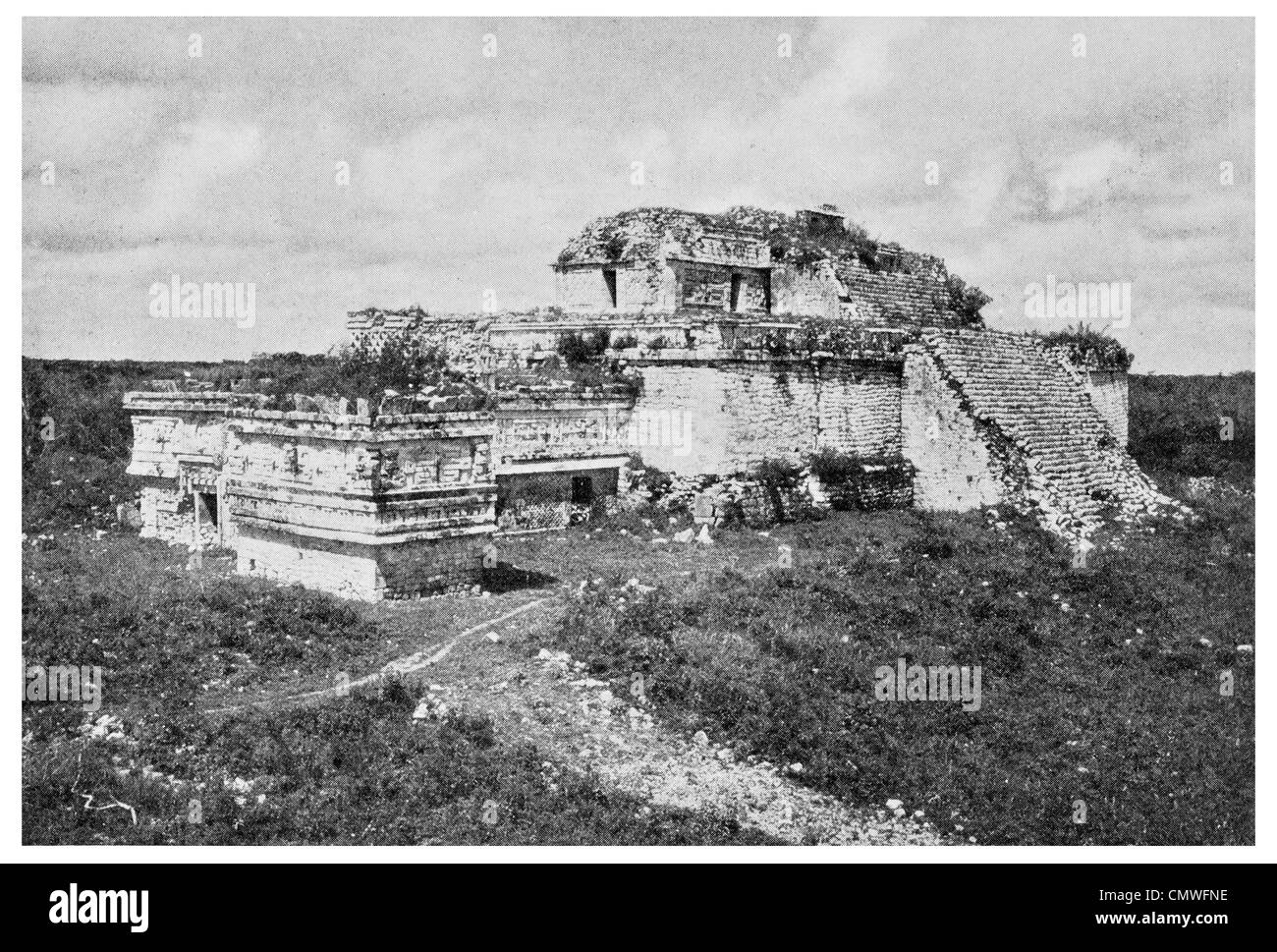 1925 Monjas Palace Itzan Rule Yucatan, Mexico, Central America - Stock Image