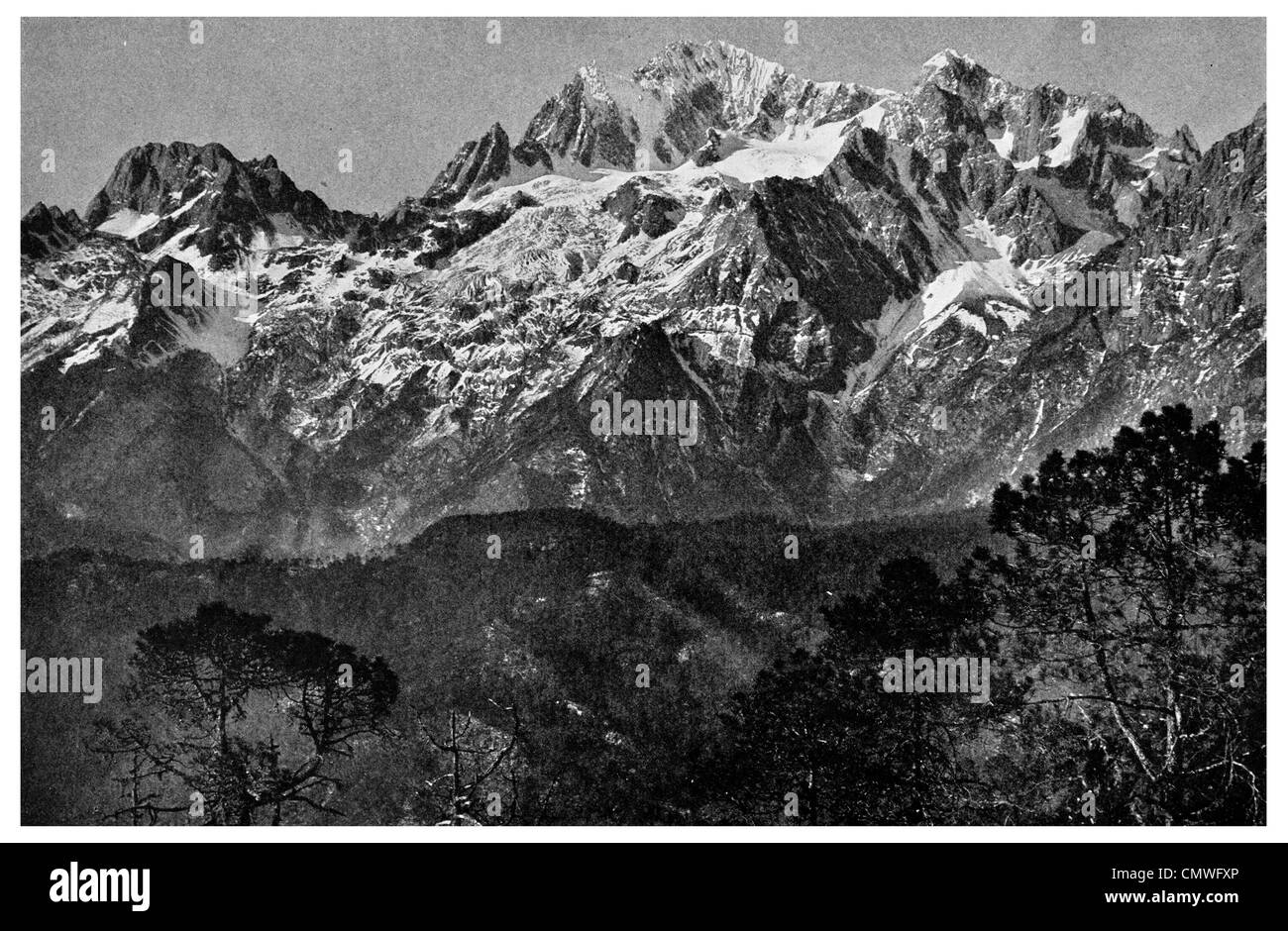 Mount Satseto of the Likiang Snow Range Jade Dragon Snow Mountain - Stock Image