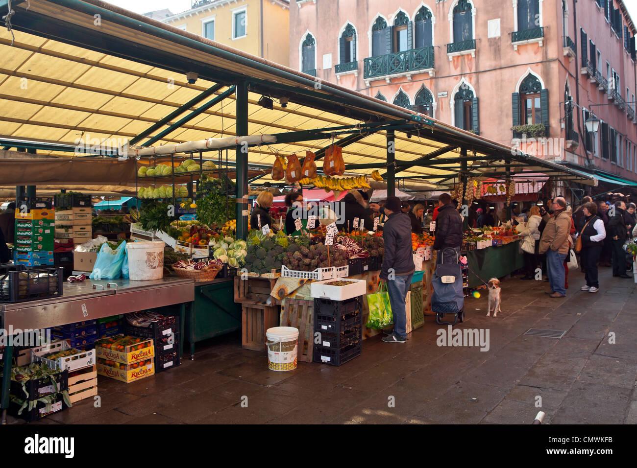 Mercato di Rialto, Venice, Veneto, Italy - Stock Image