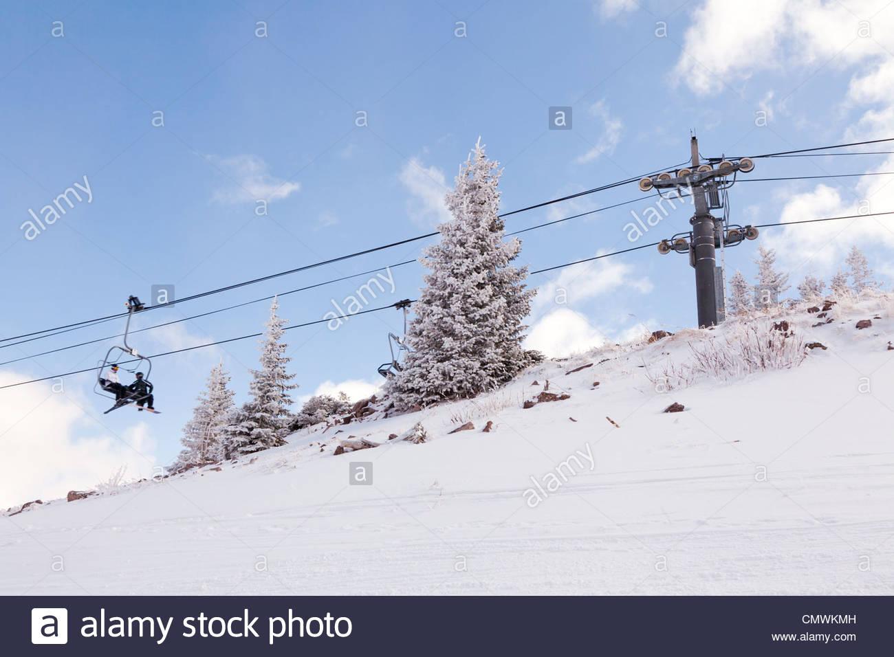 Cloud Nine lift over the Aspen Highlands. - Stock Image