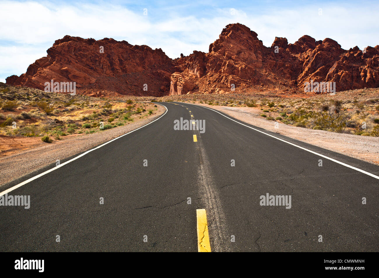 Byway through the Sandstone Rock formations in Nevada's Valley of Fire - Stock Image