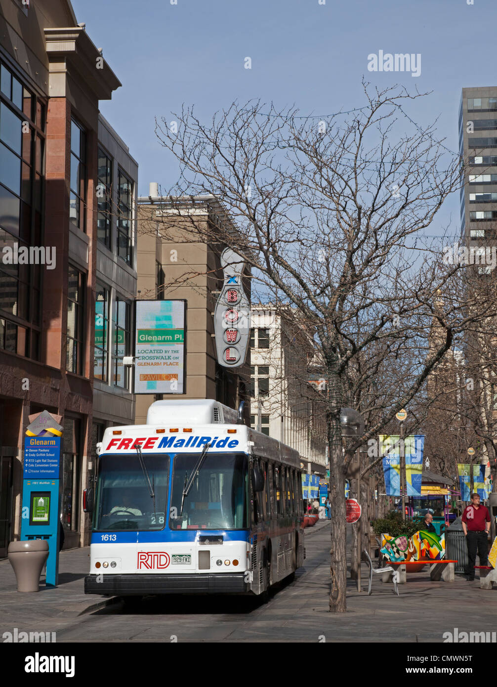 Denver, Colorado - The 16th Street pedestrian mall. A free shuttle bus runs frequently along the length of the mall. - Stock Image