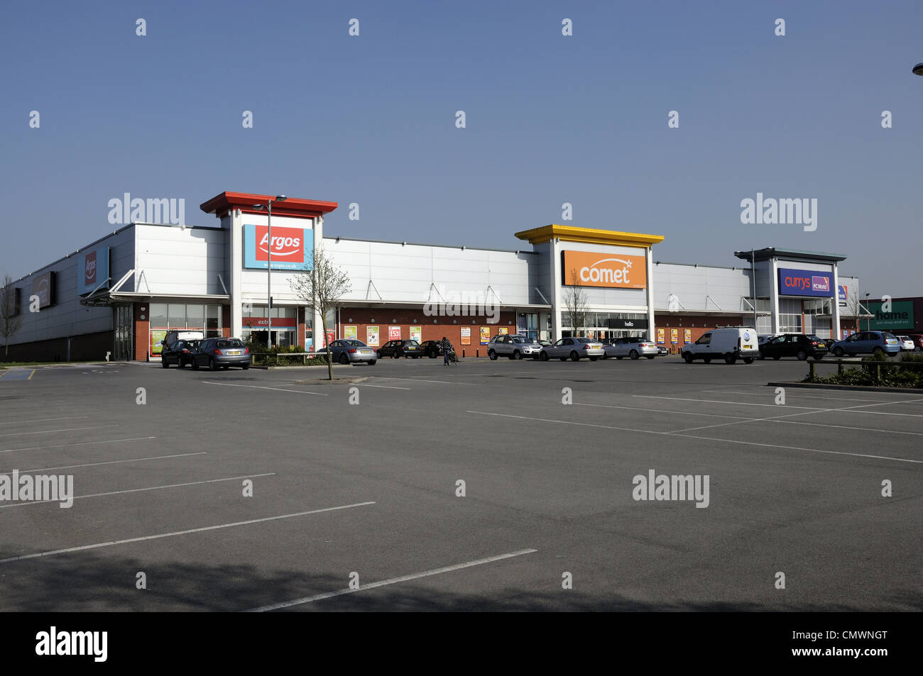Snipe Retail Park, Ashton Moss front view Argos Comet and Curry stores - Stock Image