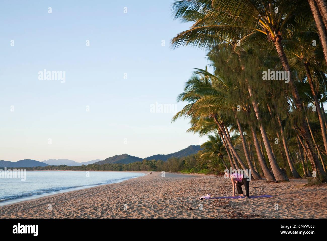 Cairns Queensland len2621 57 Single Man Seeking Women.