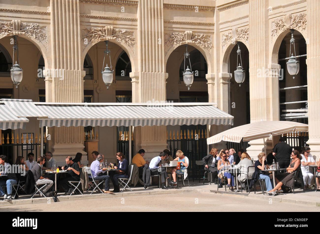 Palais Royal Paris Garden Stock Photos Palais Royal Paris Garden