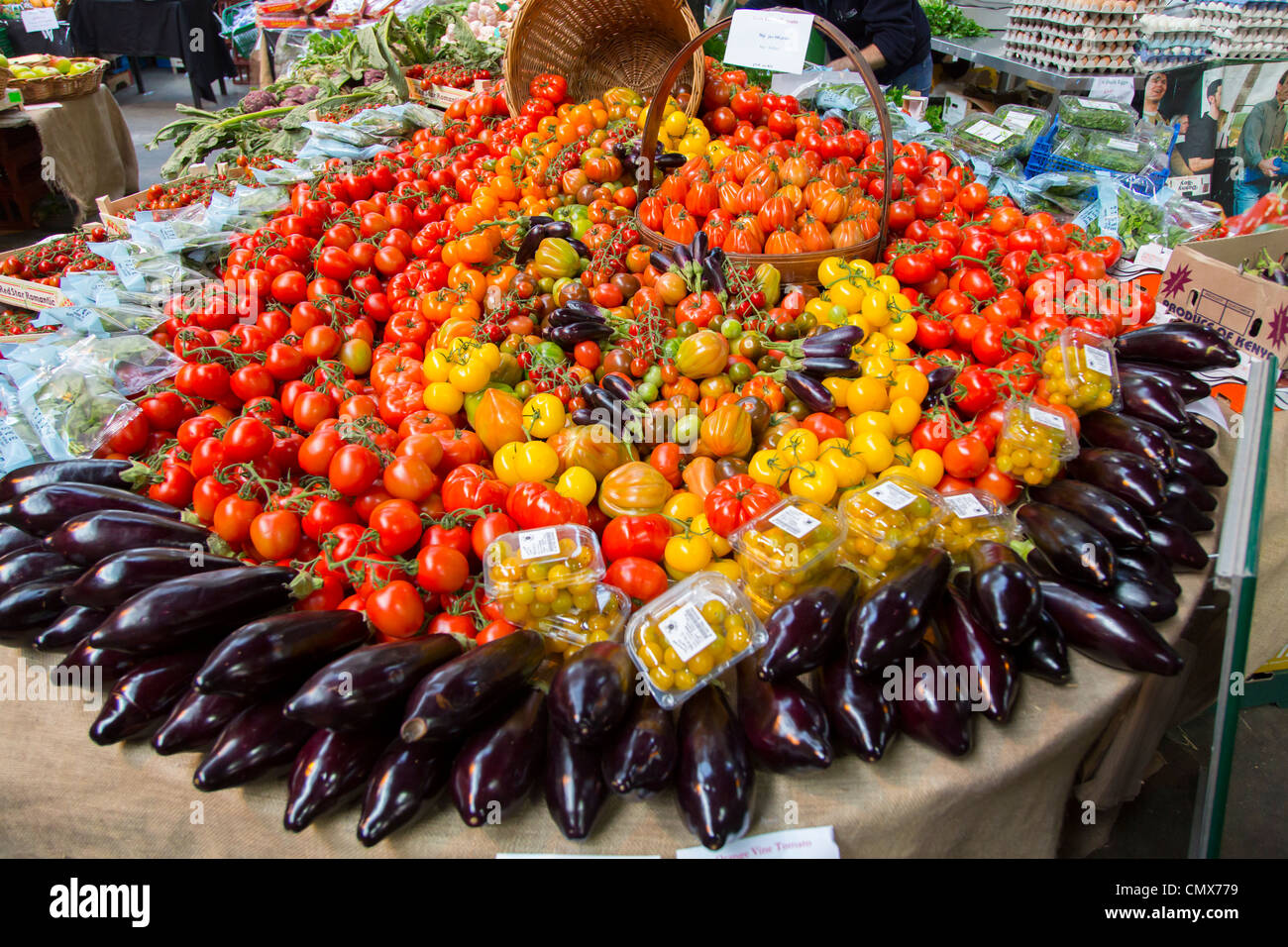 England, London, Fresh fruit and vegetables for sale in Borough Market. - Stock Image