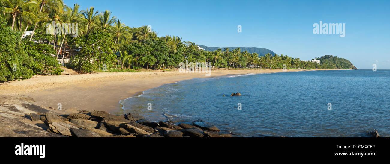 View along Trinity Beach, Cairns, Queensland, Australia Stock Photo
