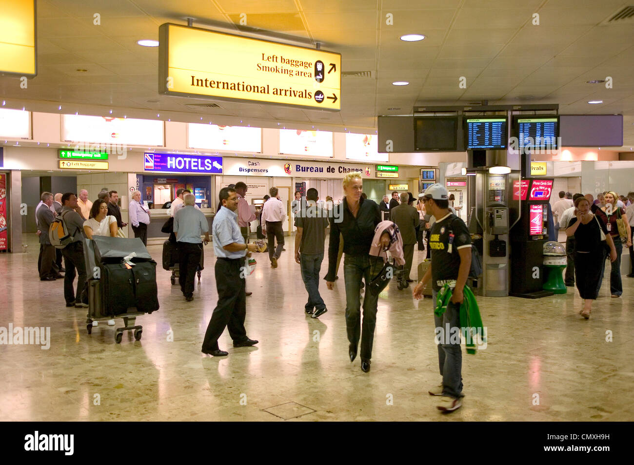 International arrivals lounge at heathrow airport - Stock Image