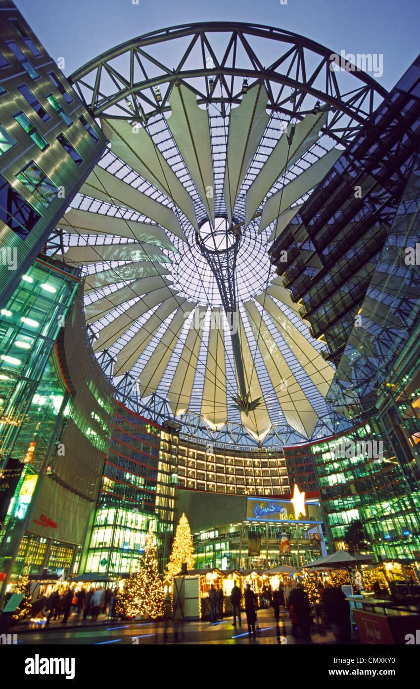 Berlin Potsdamer Platz, Sony Center, Atrium, Christmas coration, christmas tree - Stock Image