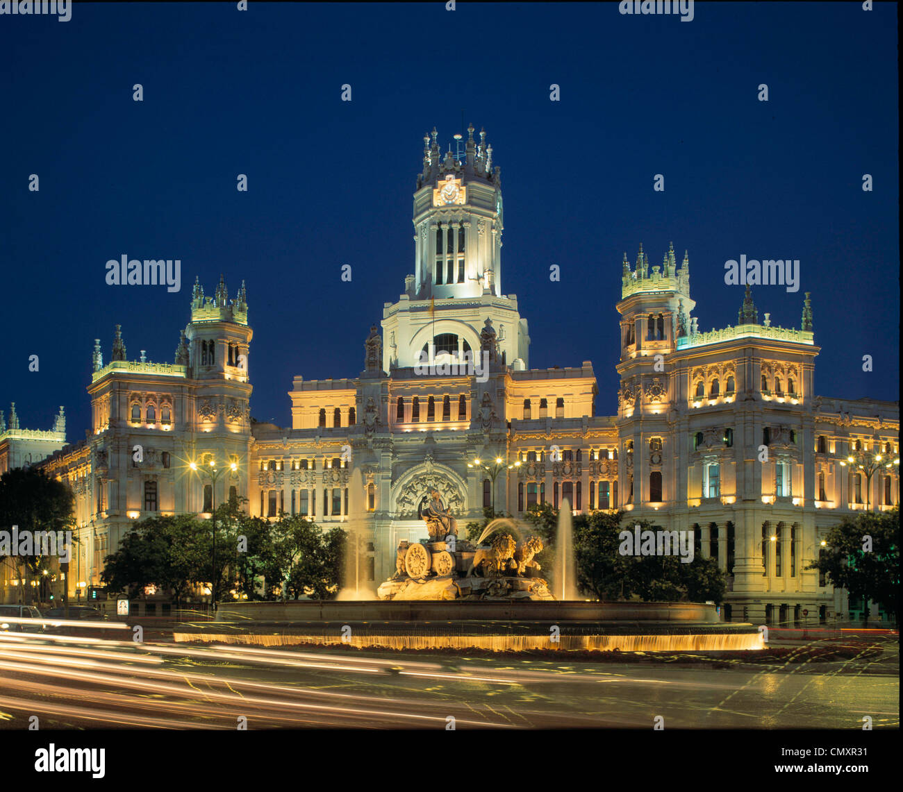Main postal office at night, Plaza La Cibeles, Madrid, Spain - Stock Image