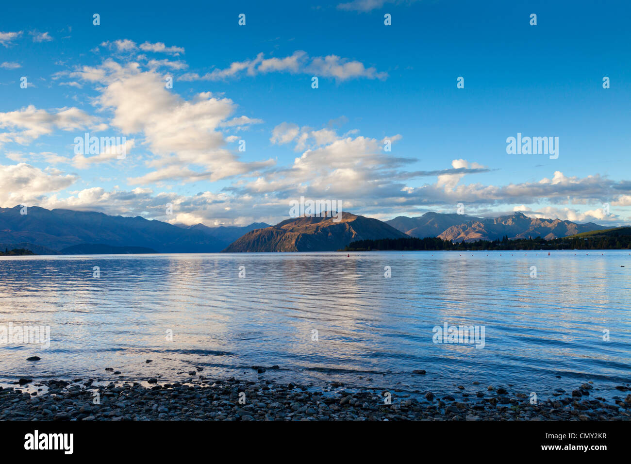 Early evening at Lake Wanaka, Otago, New Zealand. - Stock Image
