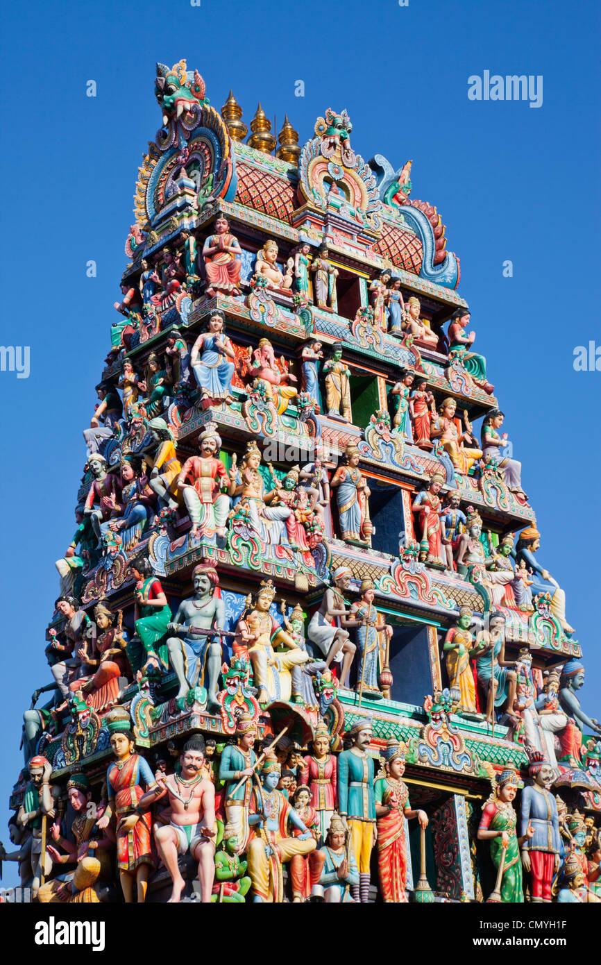 Singapore, Sri Mariamman Temple, Indian Deities Adorning Main Gateway - Stock Image