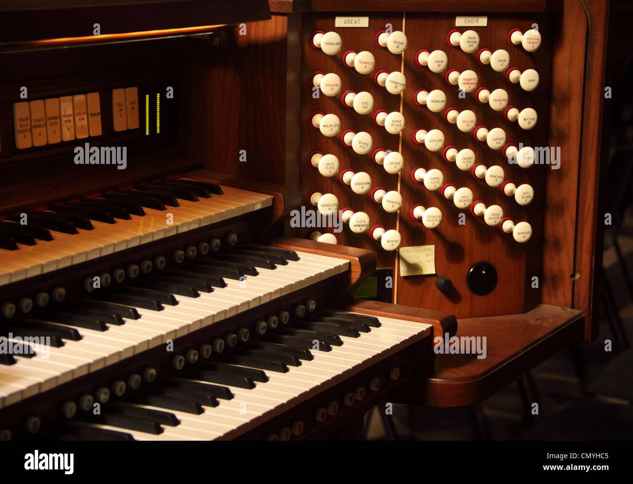 Church Organ Stock Photos Amp Church Organ Stock Images Alamy