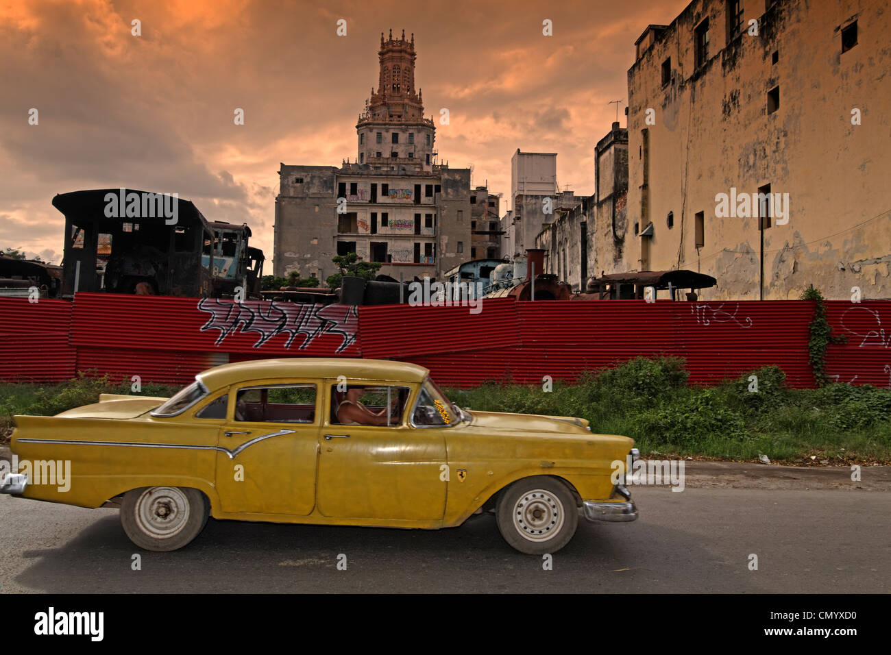 Oldtimer in Havanna, Cuba, Greater Antilles, Antilles, Carribean, West Indies, Central America, North America, America - Stock Image