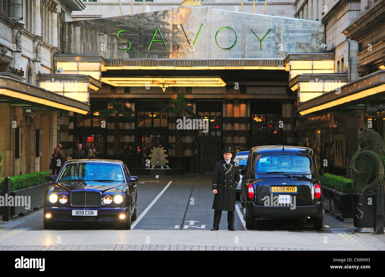 Savoy Hotel, The Strand, City of Westminster, London, England. - Stock Image