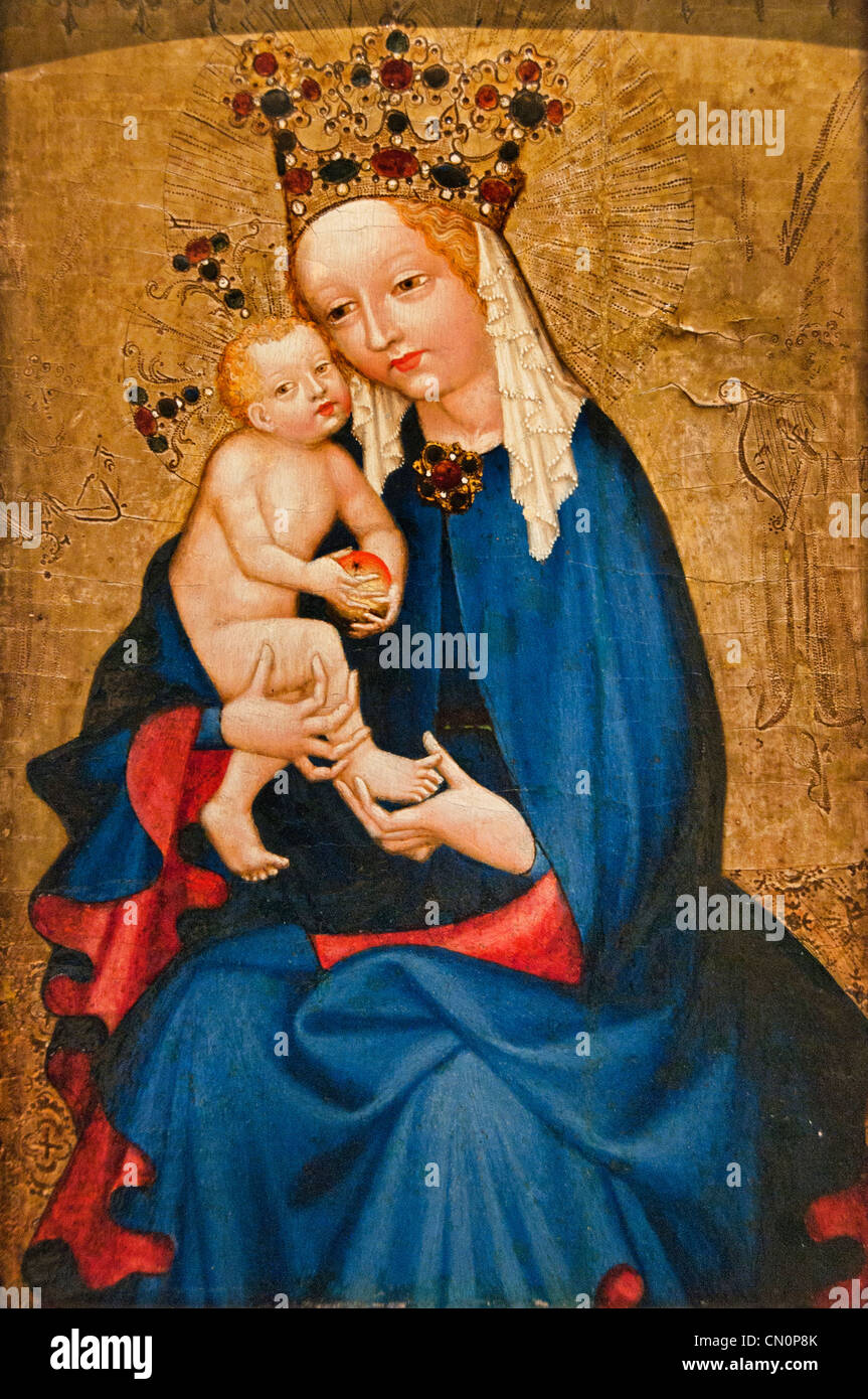 The Virgin and Child holding an apple Creator Bohemia 15 century  La Vierge à l'Enfant tenant une pomme - Stock Image