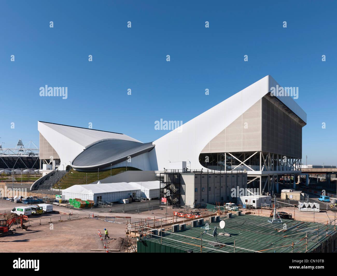 Aquatics Centre by Zaha Hadid London Olympics under construction 26th March 2012 - Stock Image