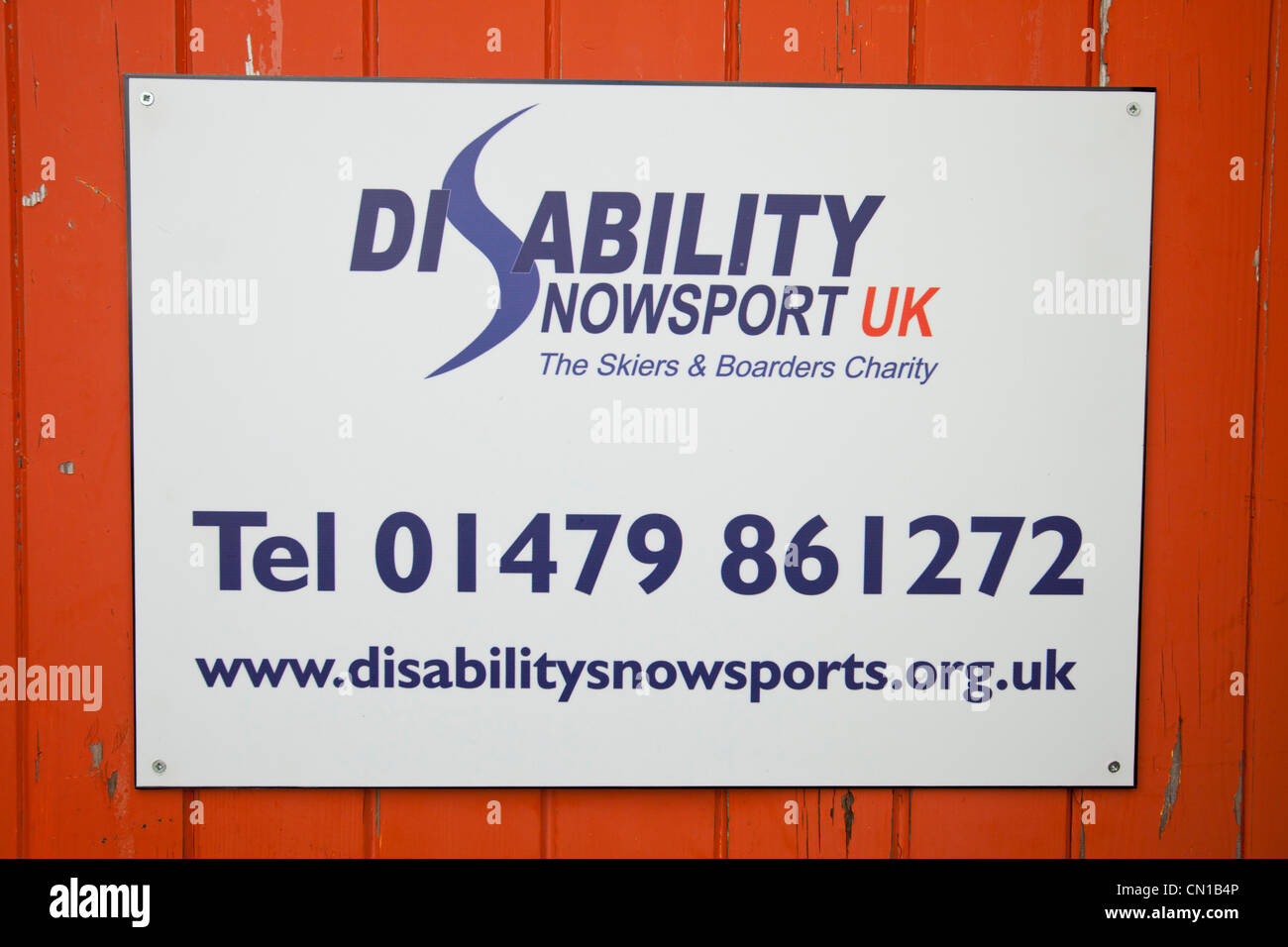Disability skiing on Cairngorm, Scotland, UK. - Stock Image