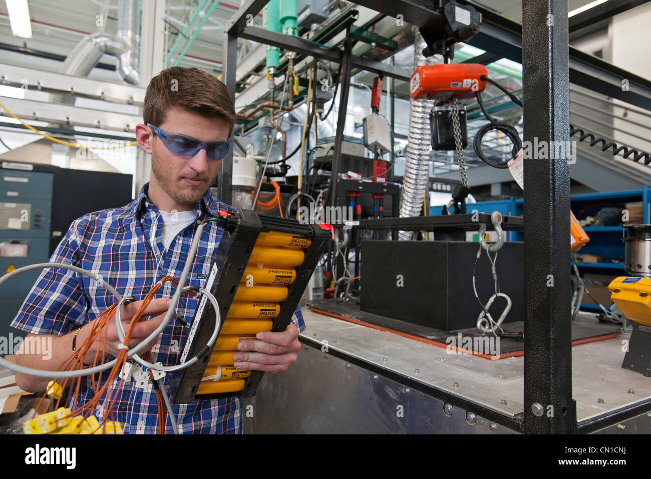 Battery Lab Stock Photos Images Alamy Integrated Circuitvintage Research On Renewable Energy At The National Laboratory Image