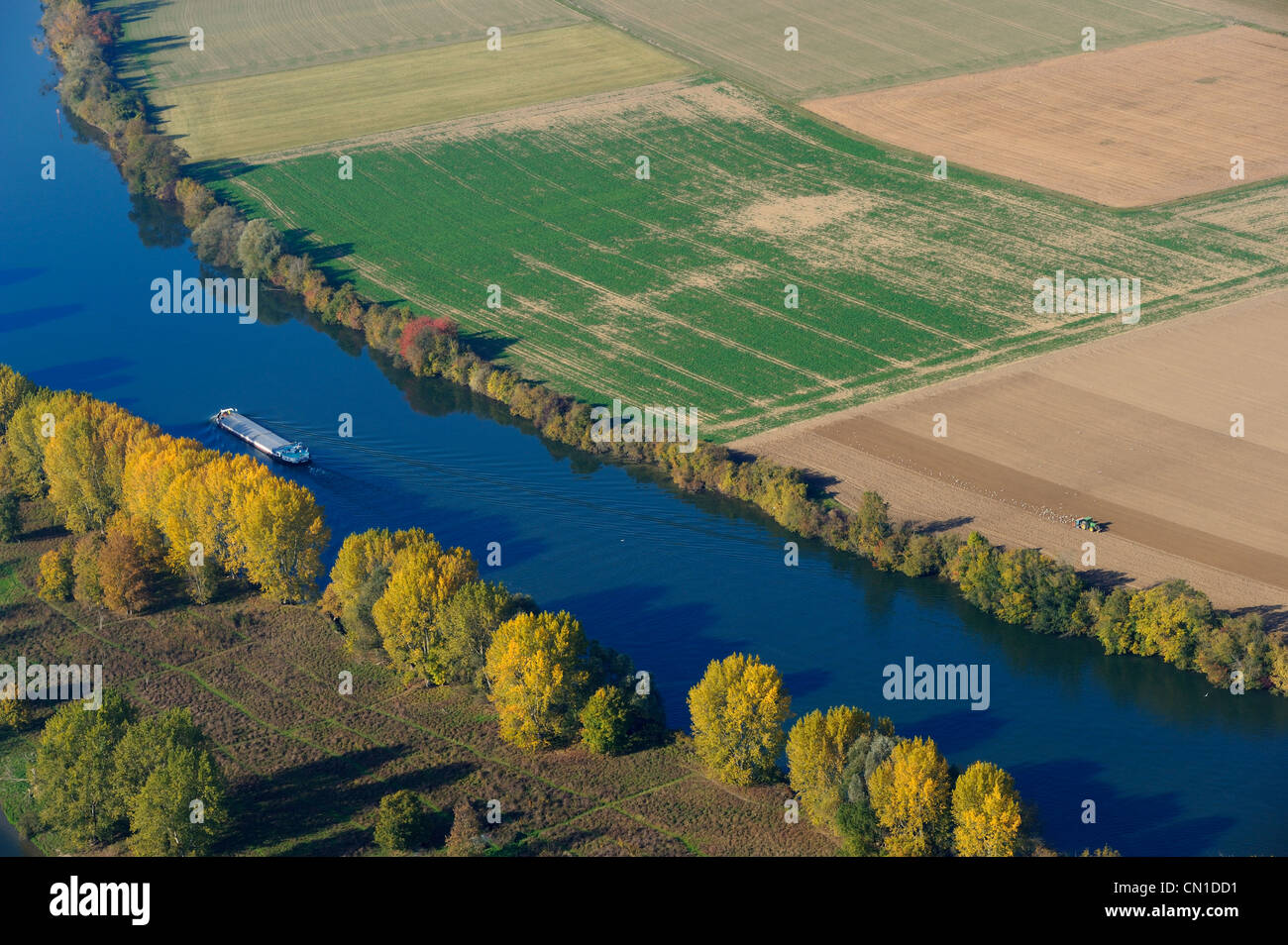 France, Eure, barge on the Seine river around Heudebouville, Lormais island (aerial view) - Stock Image