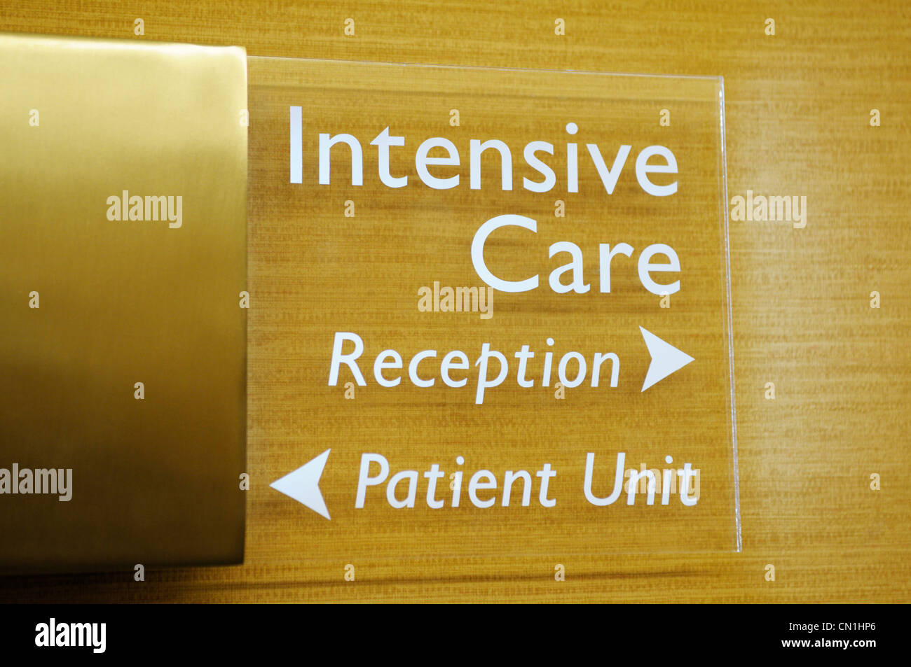 Sign outside the intensive care unit of a hospital - Stock Image