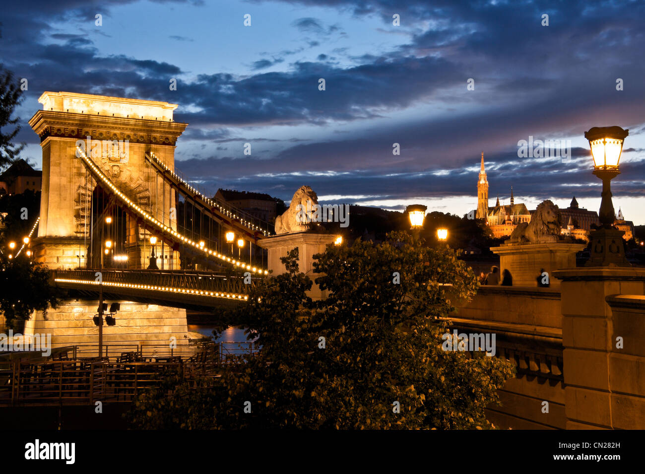 Chain Bridge,dusk,Budapest,Hungary. - Stock Image
