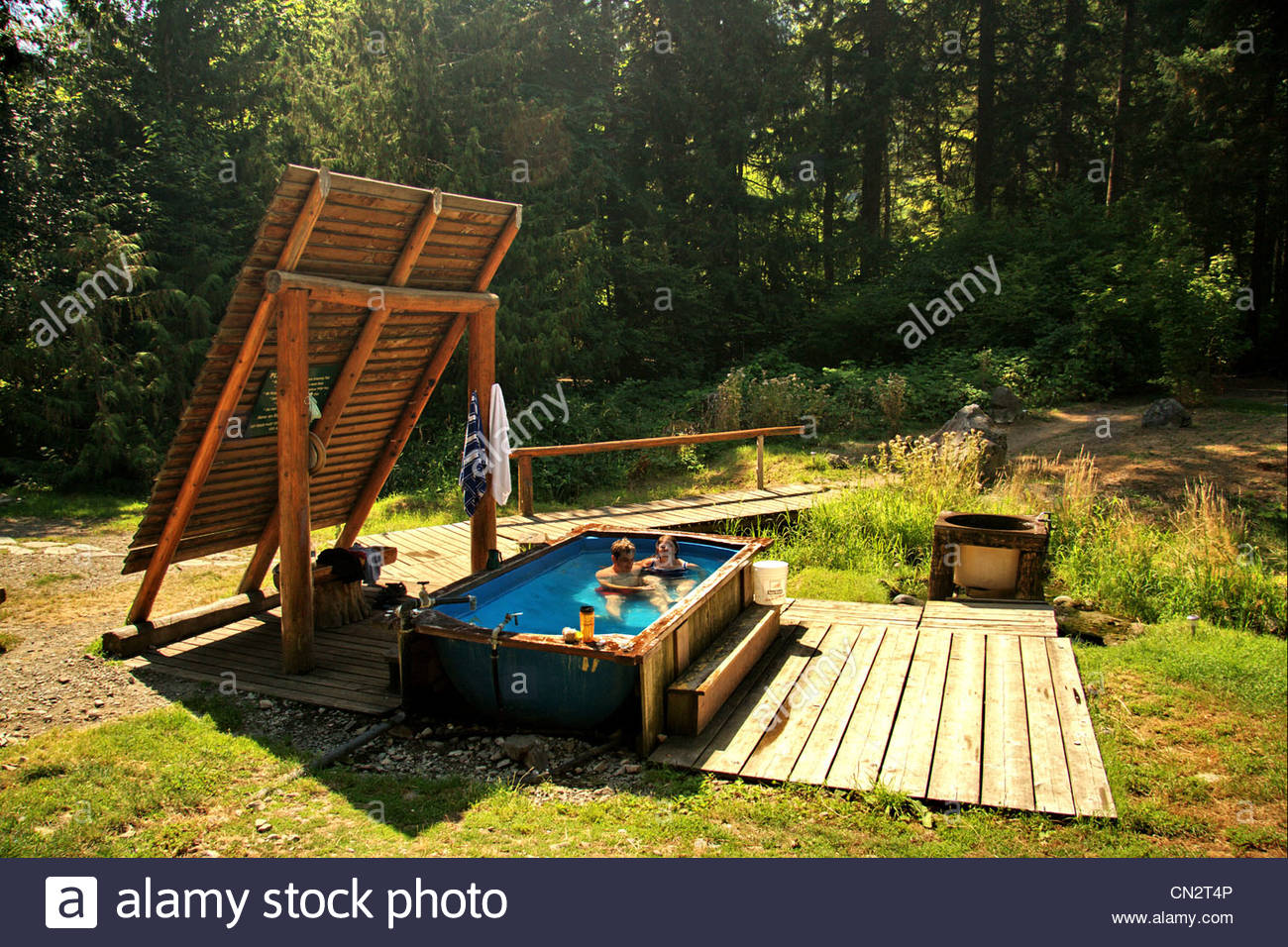 hgtv photo remodel designs sean murdock sizzling by natural outdoors pictures tub hot