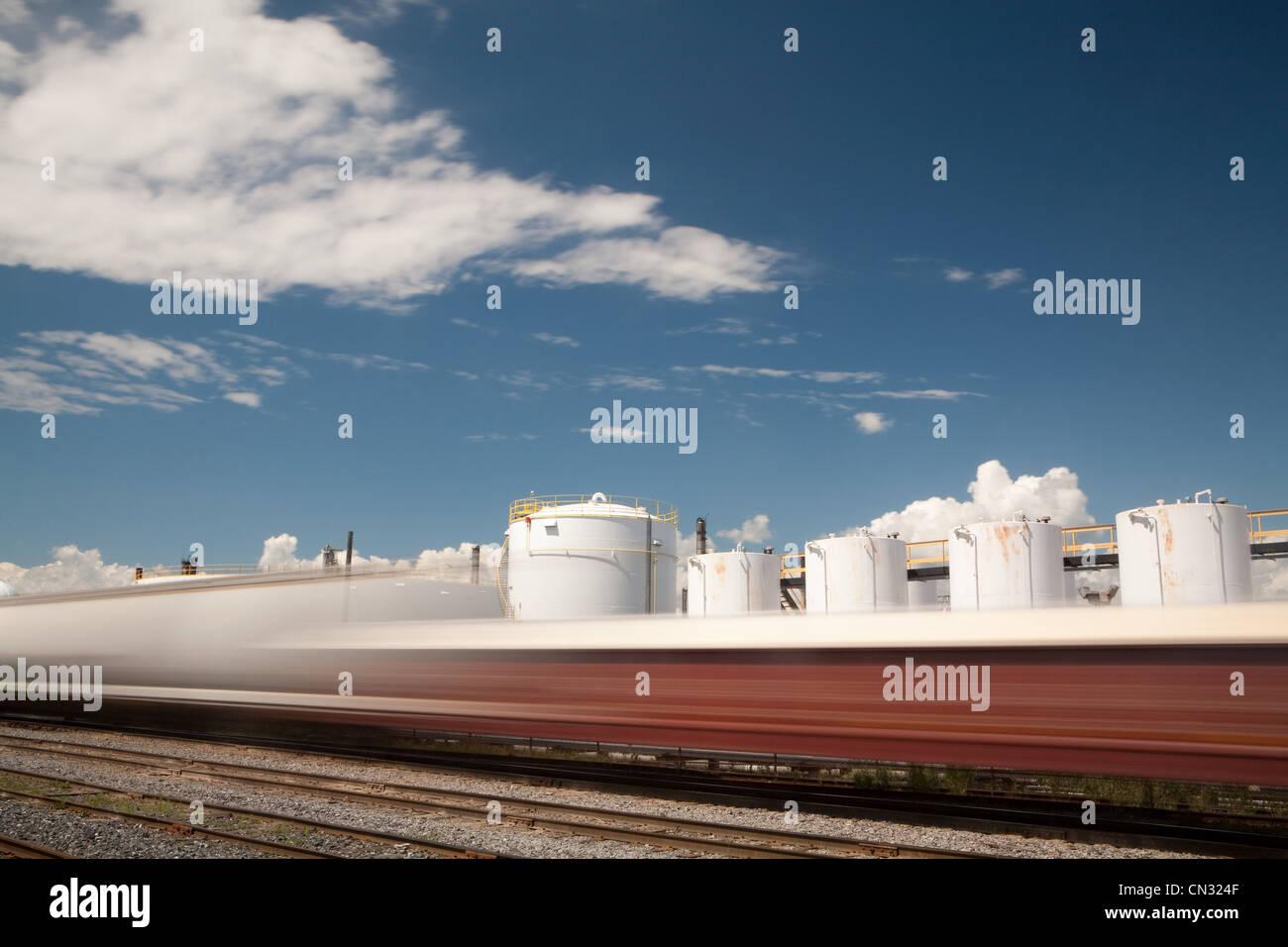 Train tracks and silos - Stock Image