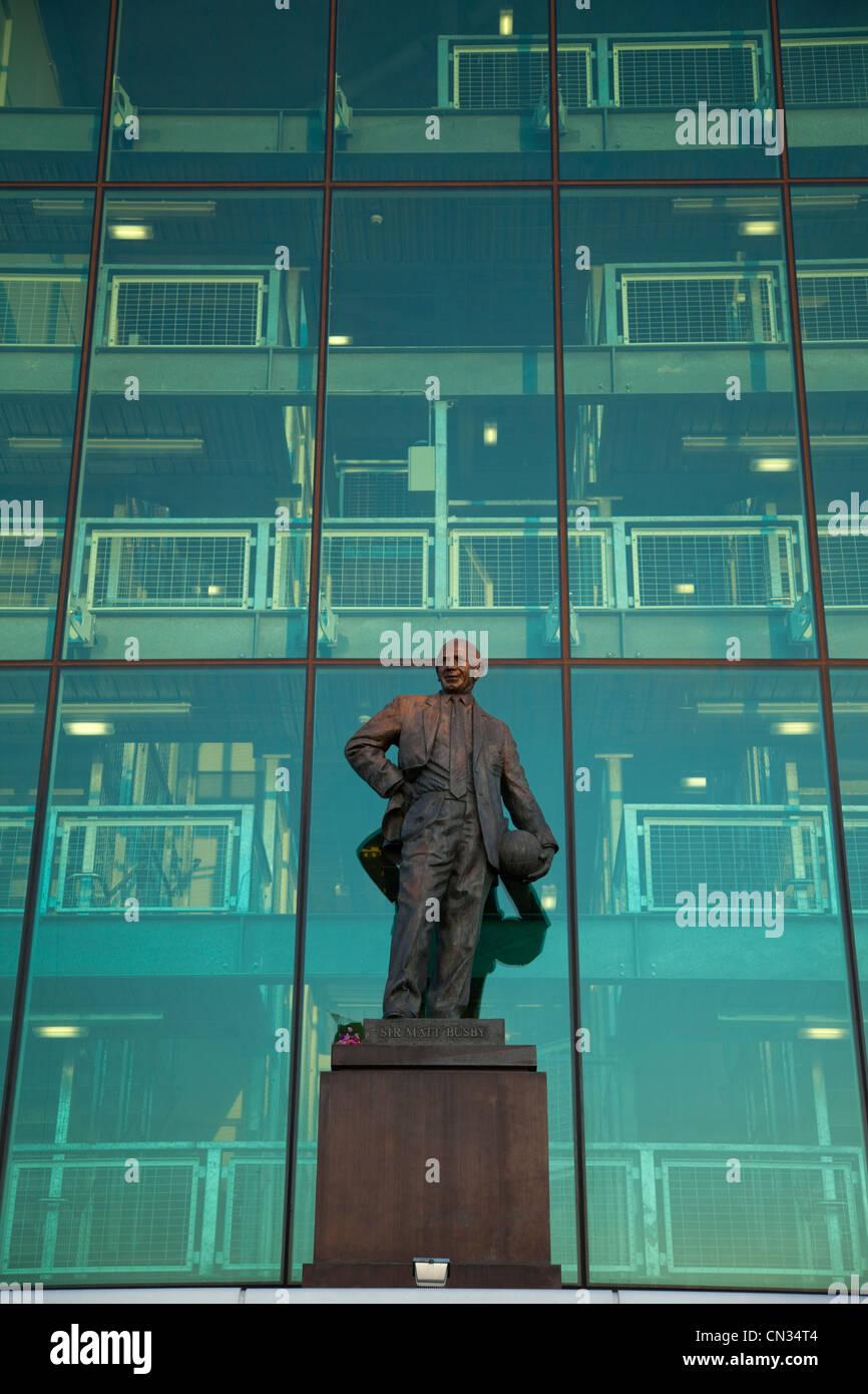 England, Lancashire, Manchester, Salford, Old Trafford Soccer Stadium, Statue of Sir Matt Busby - Stock Image