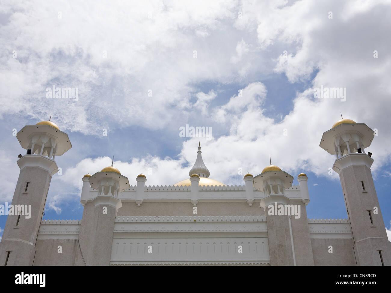 Sultan Omar Ali Saifuddin mosque, Bandar Seri Bagawan, Brunei - Stock Image
