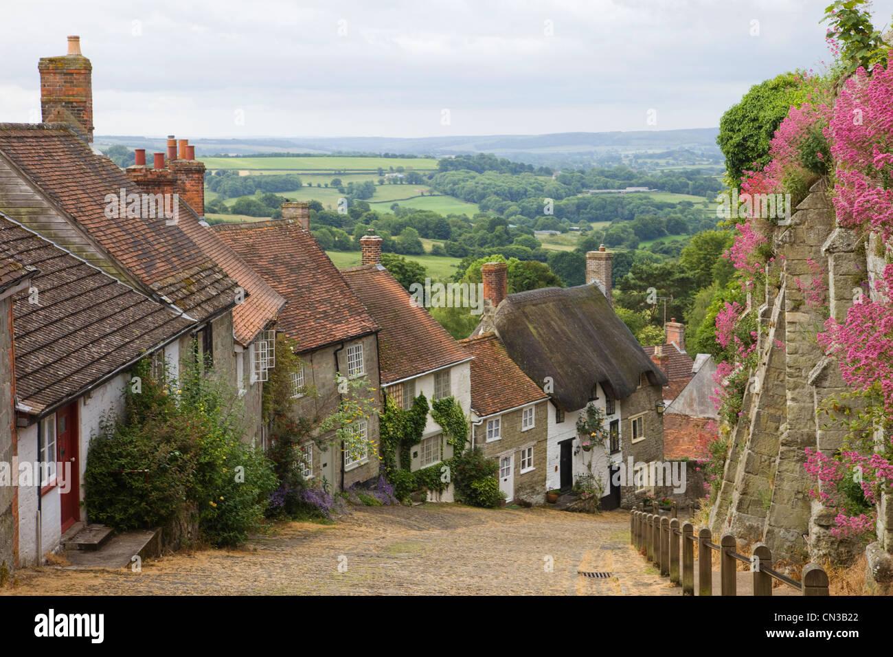 England, Dorset, Shaftesbury, Gold Hill - Stock Image