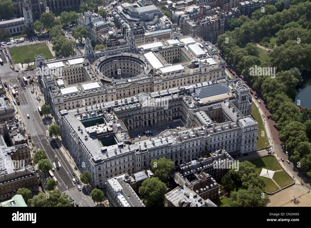 Aerial view of Treasury Buildings, The FCO, Government Offices, Cabinet Office, Whitehall - Stock Image