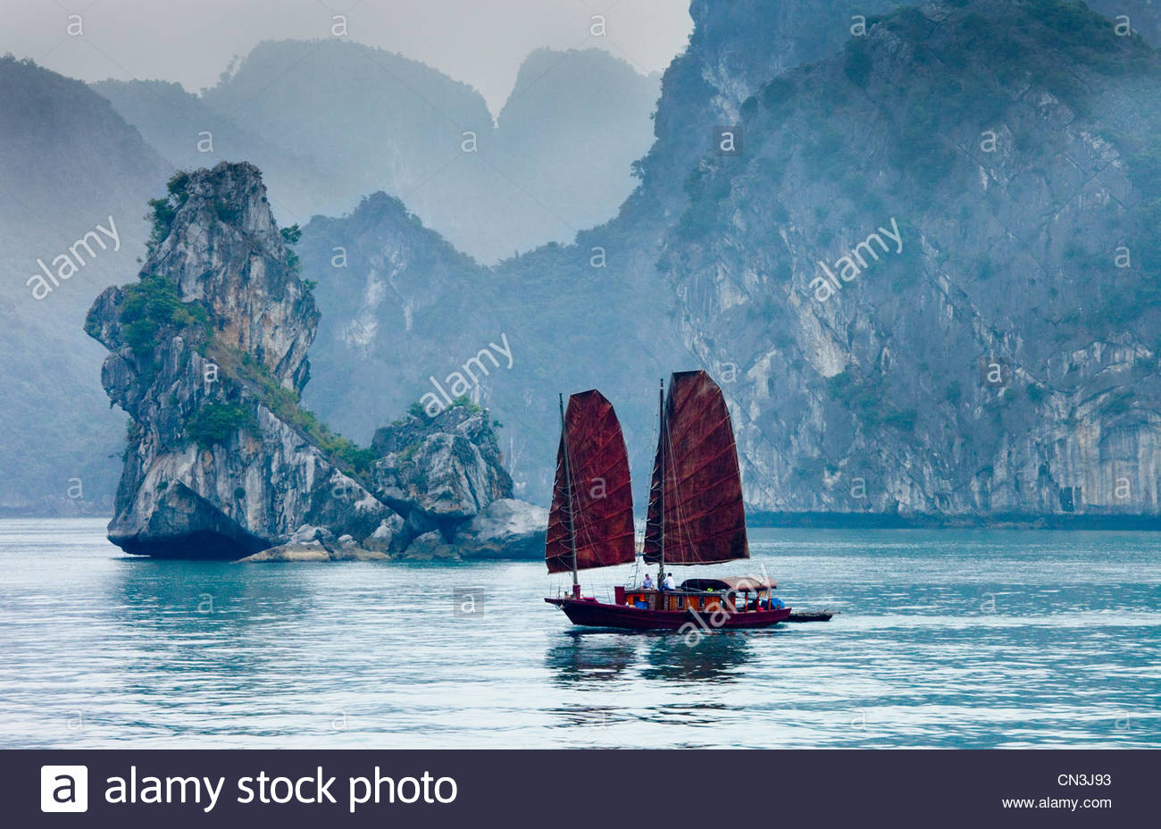 Boat, Halong Bay, Vietnam - Stock Image