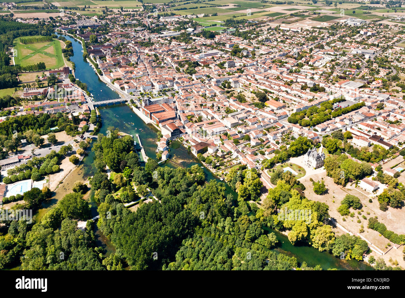 France, Charente, Jarnac, is the proximity of the Charente, which contributed to the growth of the city with the - Stock Image