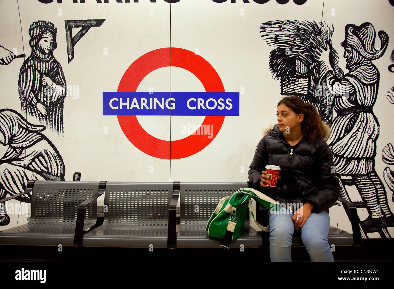United Kingdom, London, Charing Cross underground station, 16 year oldgirl - Stock Image