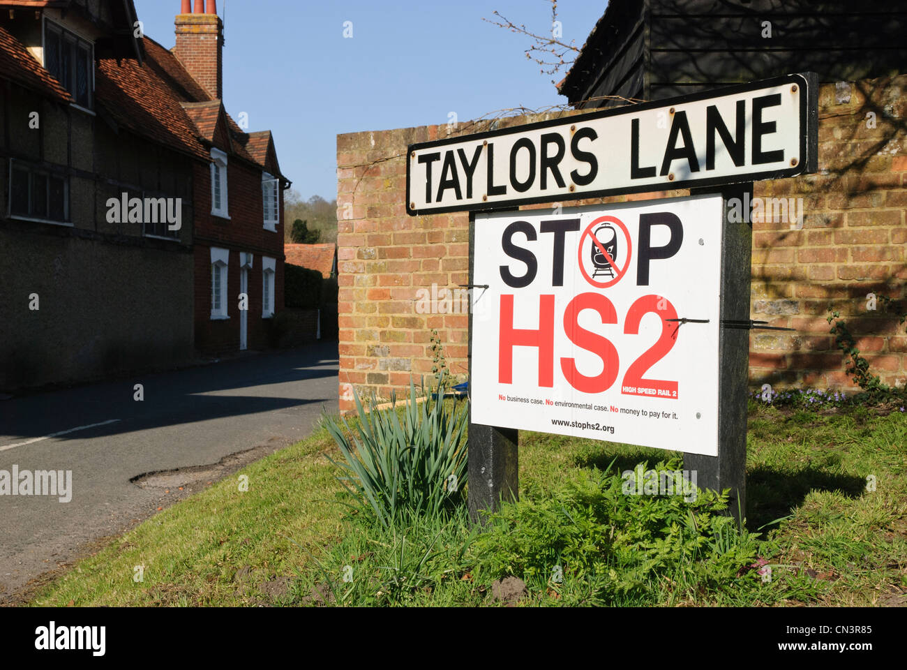 Protest sign against proposed High Speed Rail link between London and Birmingham. This is Little Missenden, Bucks. - Stock Image