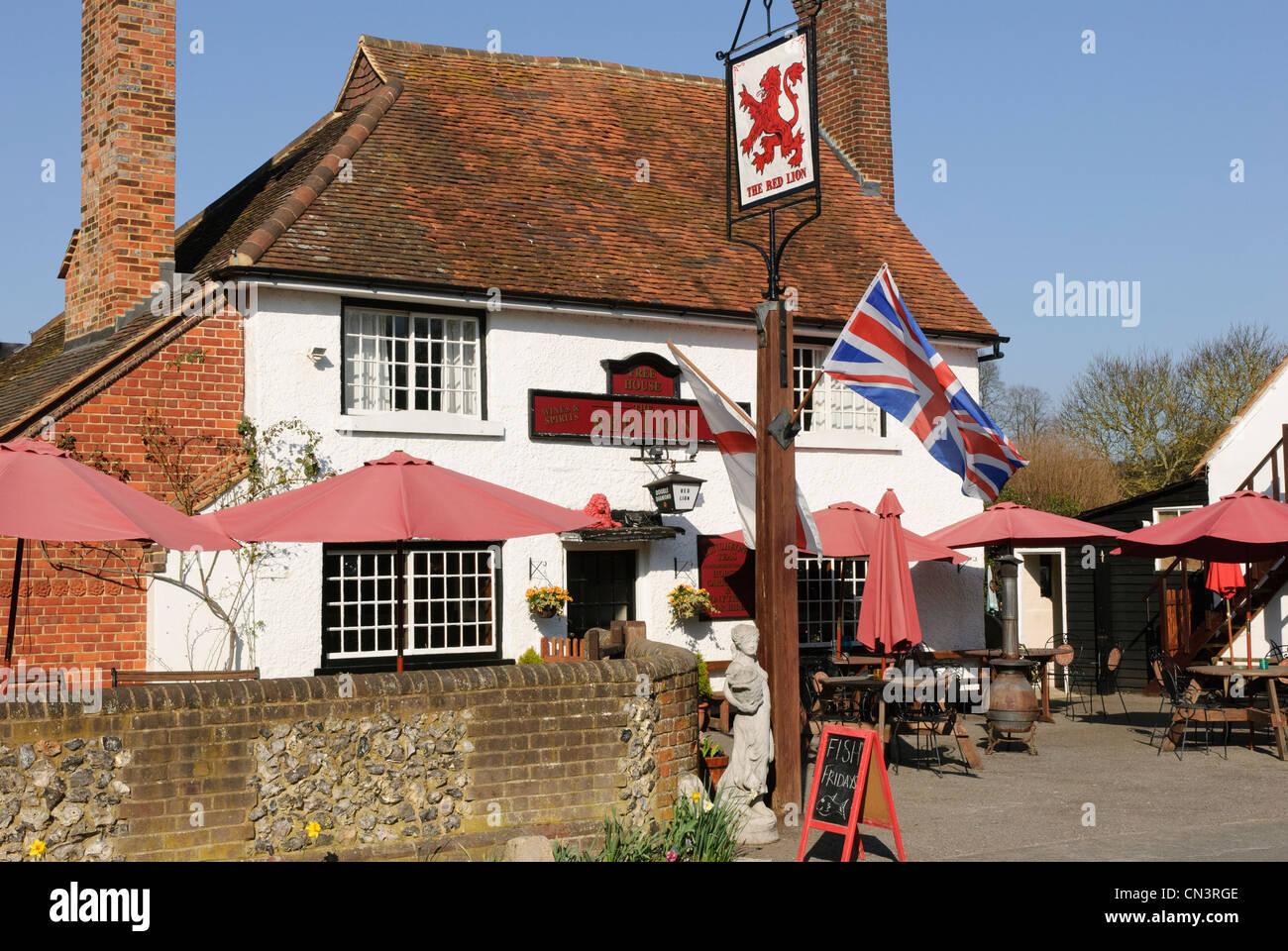 The Red Lion pub in Little Missenden, Buckinghamshire, U.K. - Stock Image
