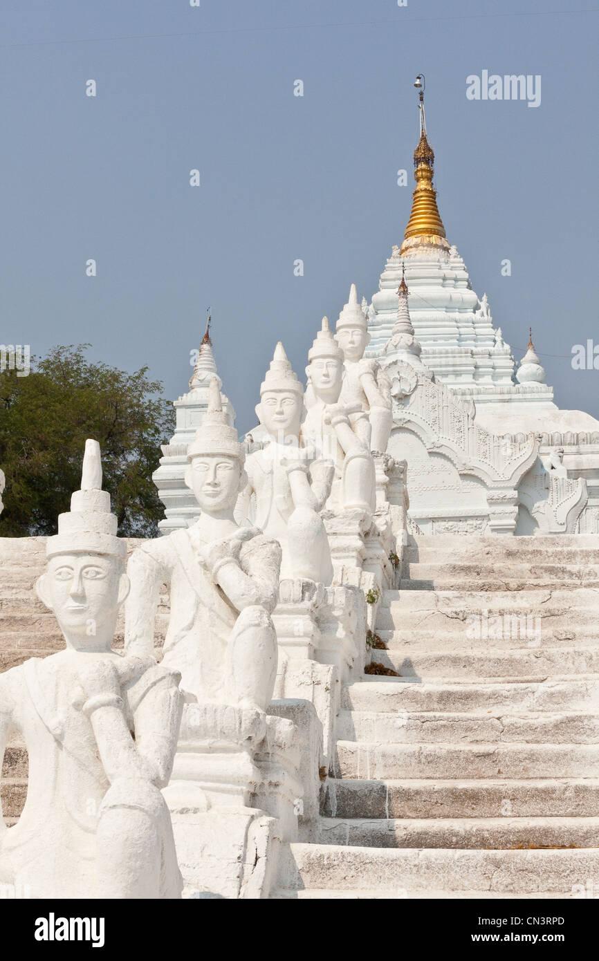 Myanmar (Burma), Mandalay division, Mingun, Satowya pagoda - Stock Image